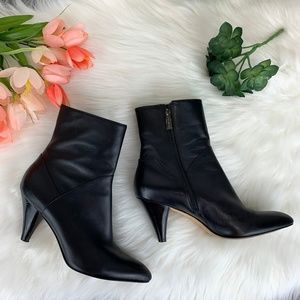 Via Spiga Black Leather Heeled  Zip Bootie Ankle